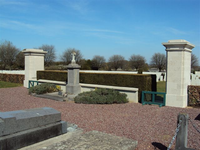 Entrance to Cemetery Extension viewed from within Communal Cemetery